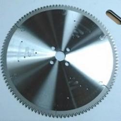 Sierra circular para corte de aluminio y PVC