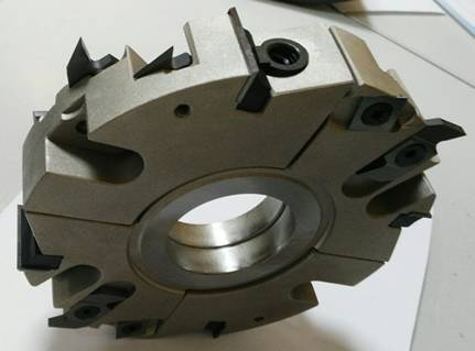Portacuchillas universal para machiembrar