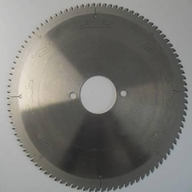 disco de corte con placas de diamante  perfecto para tableros de aglomerado o MDF, recubiertos o en bruto